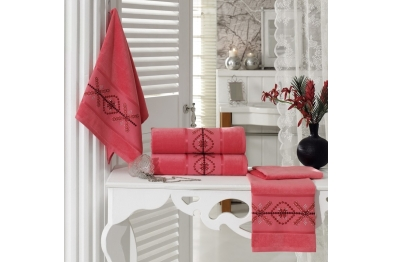 Embroidered Stony Velvet Bath Towel Set Coral